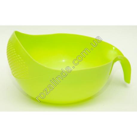 R295 Сито - дуршлаг пластиковый (23 х 18 см)